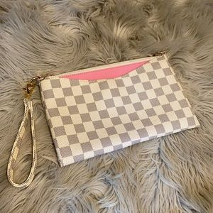 WHITE AND BLUE CHECKERED CLUTCH